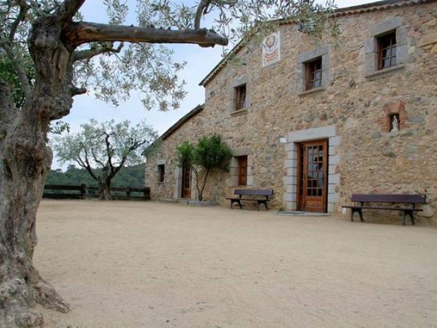 Can Montcau, La Roca del Vallès (Vallès Oriental)