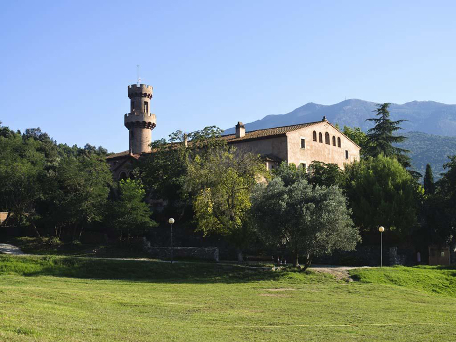 Casa de colònies el Castell de Fluvià (Vallès Oriental / Montseny)