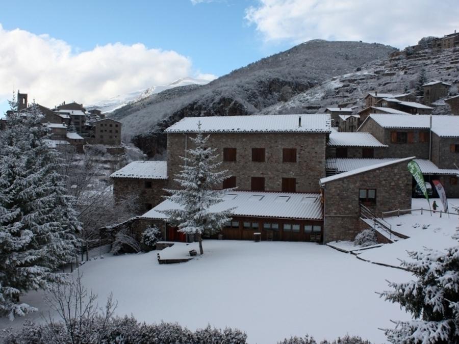 Alberg Casa de colònies La Closa , Castellar de n'Hug (Berguedà)