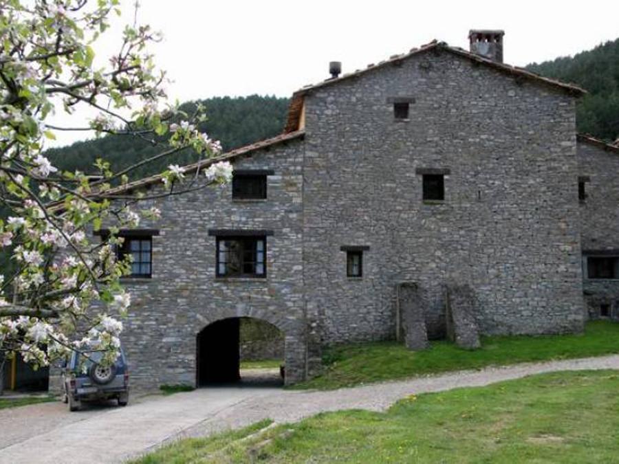 Mas Les Coromines. Campdevànol (Ripollès) Casa de Colònies