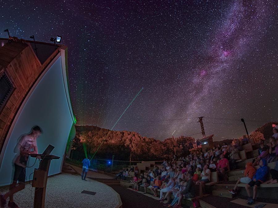 Bessagoda Parc colònies Astronomia i aventura a Albanyà