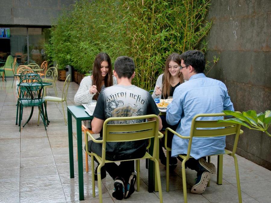 Alberg Pere Tarrés Barcelona, Barcelona (Barcelona)